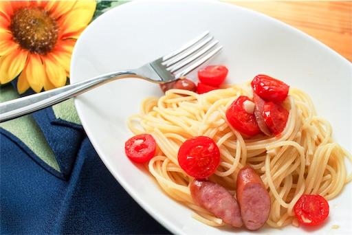 ペペロンチーノにミニトマト