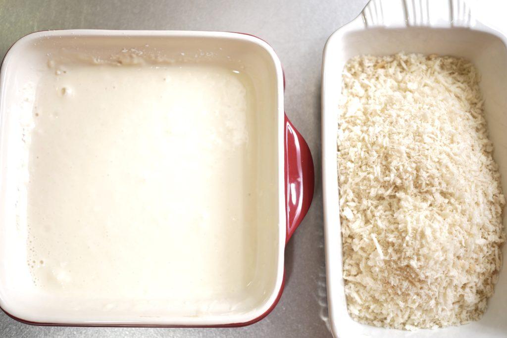パン粉とバッター液を作る