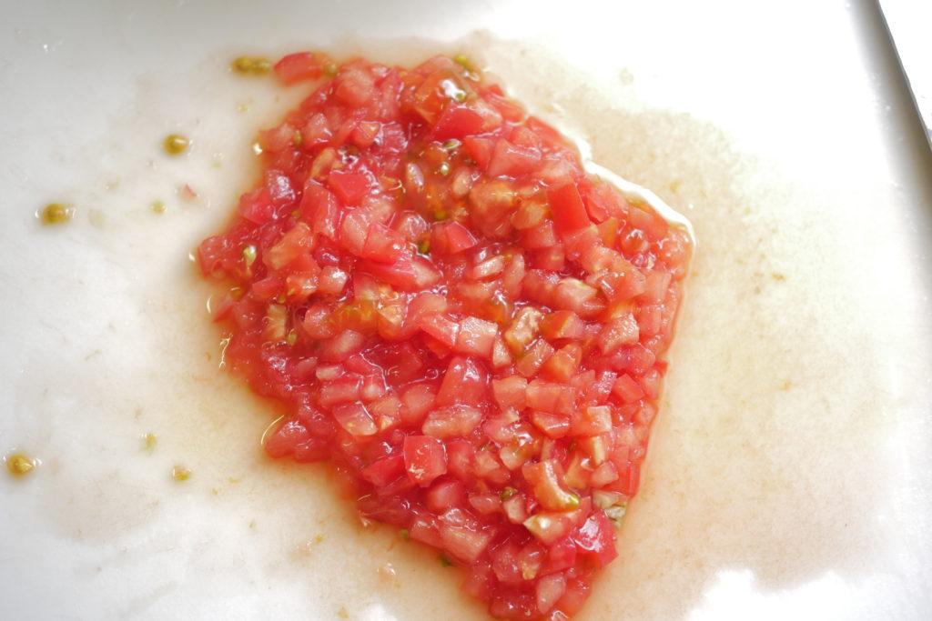 トマトのみじん切り